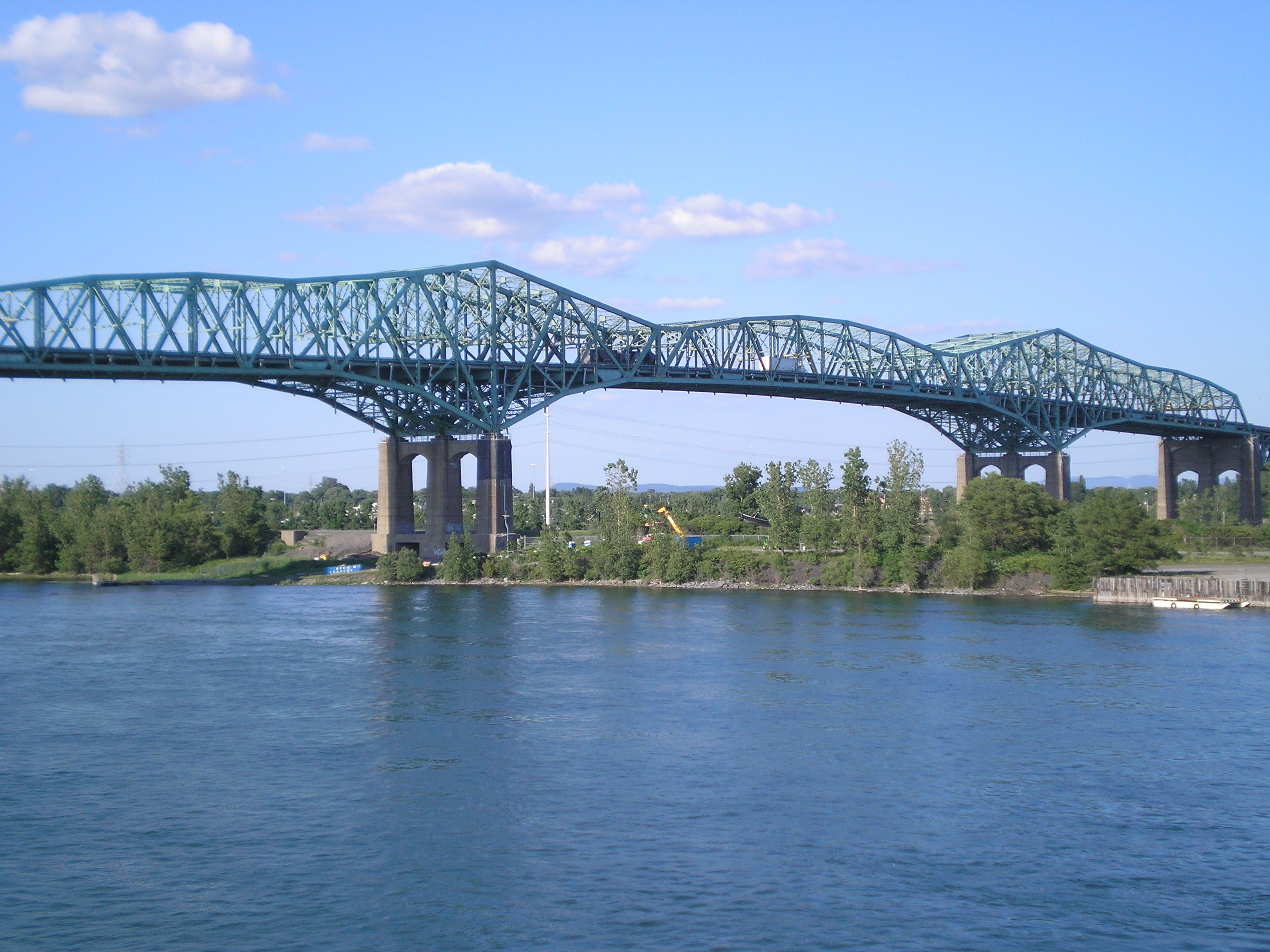 Canada invests in Champlain Bridge marshland